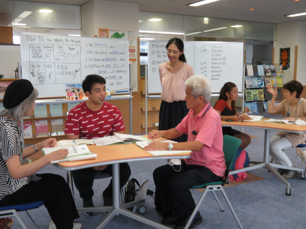 「Nihongo Hiroba」The Sixth Class.<br /> Everyone has improved significantly at speaking Japanese!