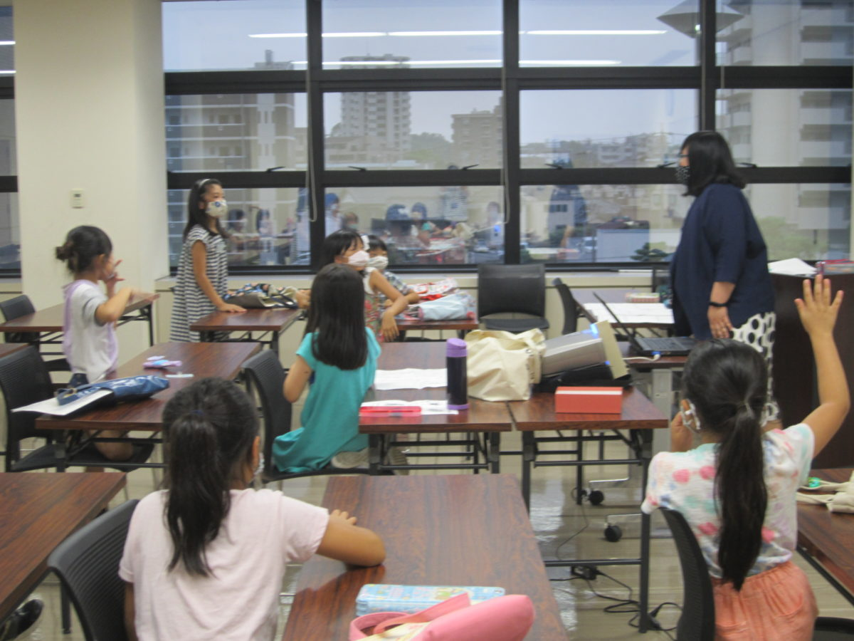 「The English Class for Returnee Students」 The last day of the 1st term is